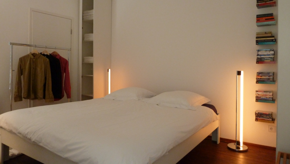 Short-Stay-Apartment-The-Hague-bedroom-003