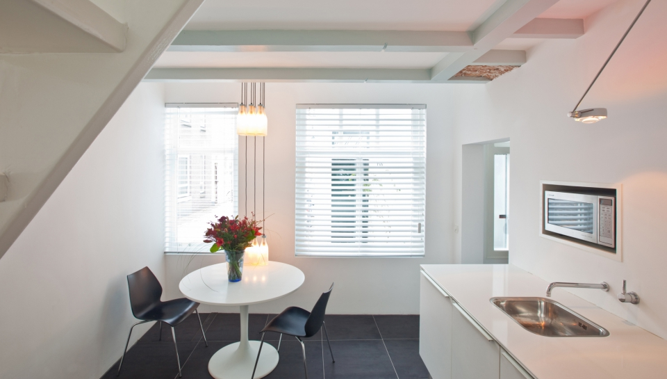 Short-Stay-The-Hague-city-apartment-k-01